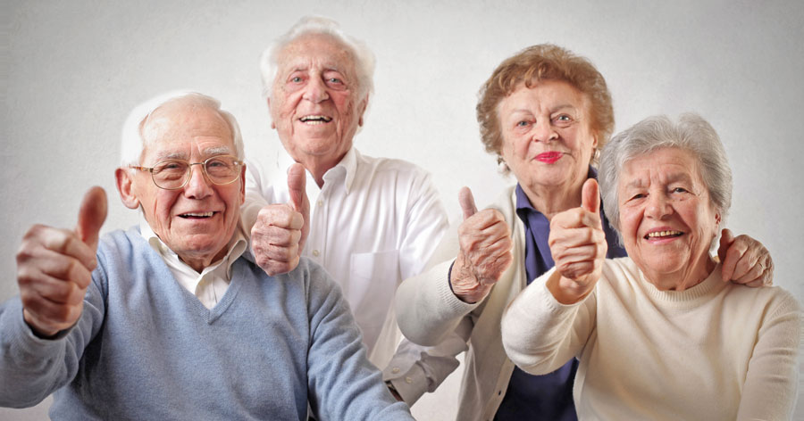 Senioren-Daumen-hoch