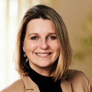 Immobilienmaklerin Claudia Arzberger